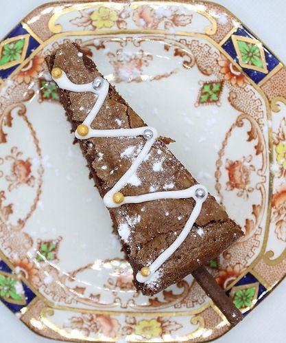 Kiss Me Cupcakes - Chocolate Christmas T