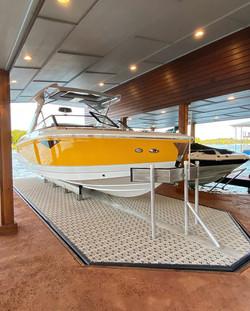 Hydraulic Boat & PWC Lifts