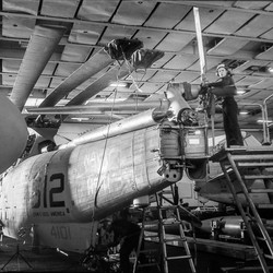 Porte-avions USS América 2
