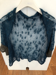 Simple yet elegant Batwing Shrug knit in thick and thin skin yarn