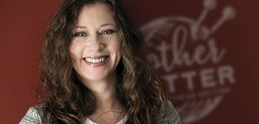 Laurie-Portrait2.jpg