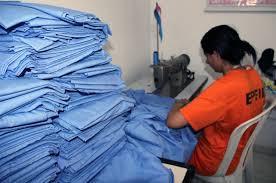 Detentas da Capital confeccionam lençóis para o Hospital de Câncer