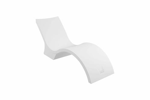 White Ledge Lounger Signature Chaise Deep