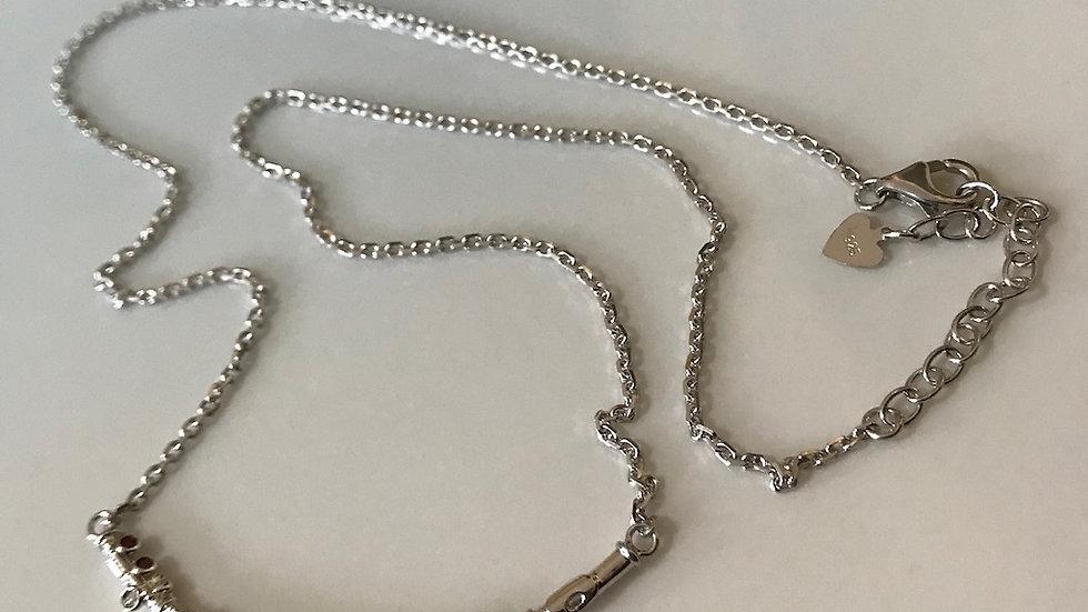 Colar tematico em prata maciça com pedraria
