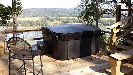 Cabin Has A Private Hot Tub (seats 5) Available For An Additional Fee.