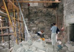 stonemason+in+great+hall.jpg