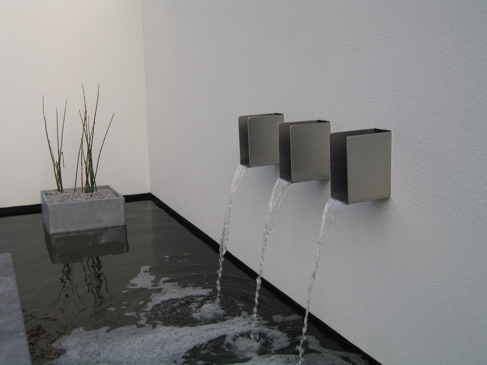 RVS waterspuwer