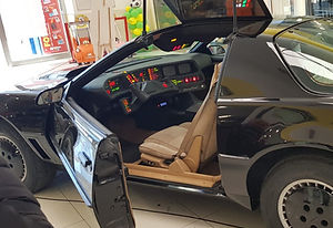 kitt_modificato.jpg