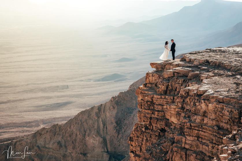 Bride & Groom on Cliff in Israel