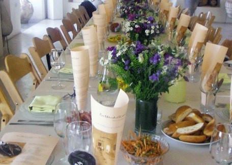 Beautiful table setting at Harp of David