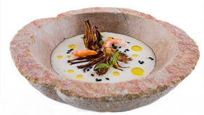 Crema de Tuétano asada, fritura de alcachofa y quisquillas en ligera salazón de Bruno Lombán, chef d