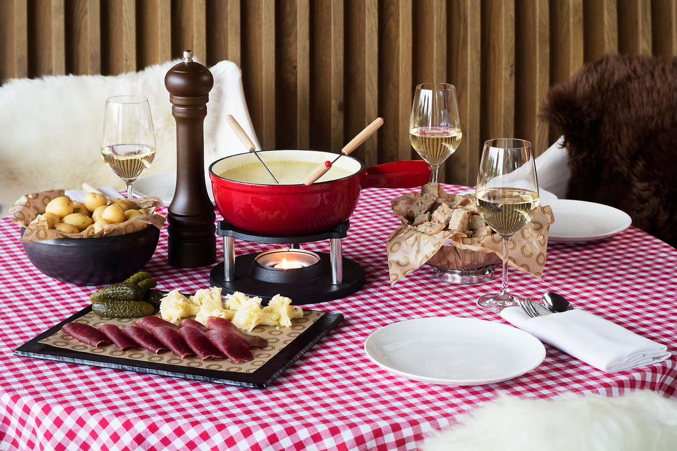 The One Barcelona Mood Fondue Experience (Planazo GM) - GastroMadrid