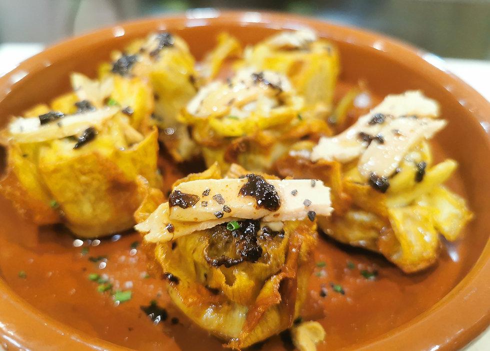 Alcachofas de Tudela confitadas al humo con foie de D Origen (Recetario) - GastroSpain