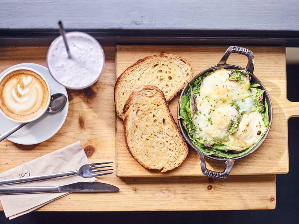 Los_mejores_desayunos_(Federal_Café)_-_G