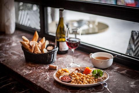 Café Comercial cocido (Restaurantes) - GastroMadrid (1).jpg