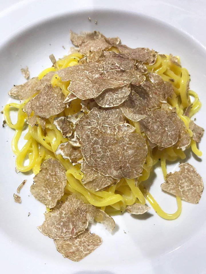 Tagliolini con trufa blanca Bianchetto