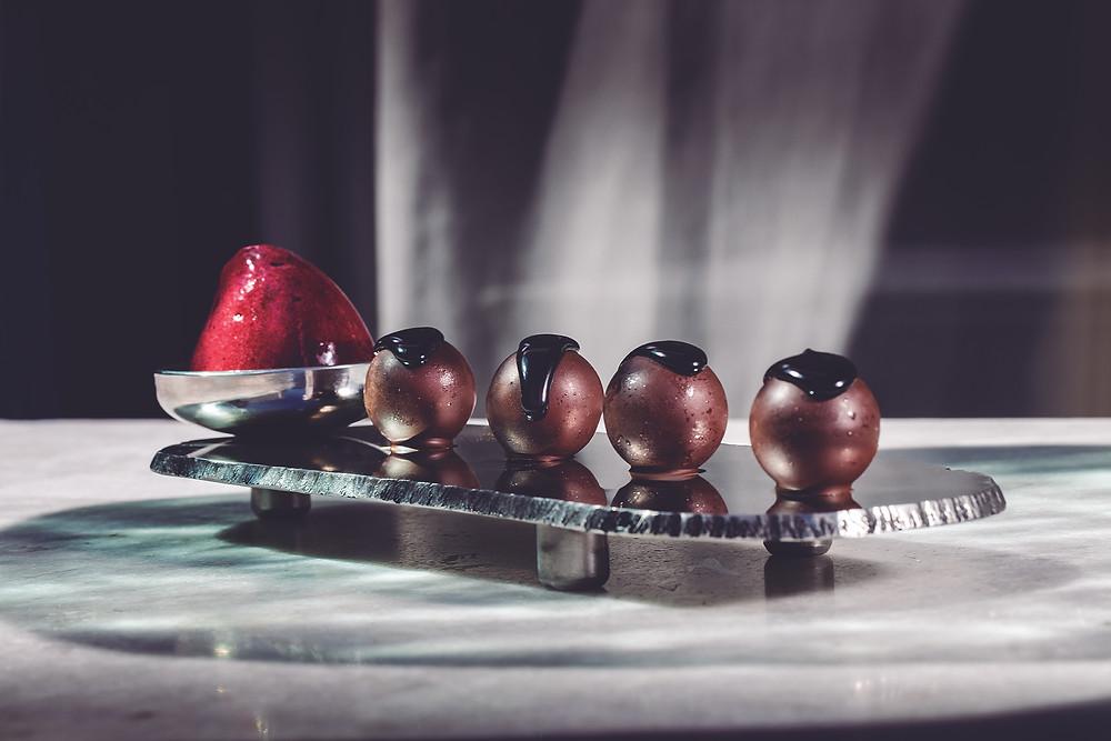 Bombones líquidos de chocolate blanco (Compartir de Cadaqués) - GastroMadrid