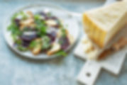 Ensalada remolacha, Parmigiano y salsa h