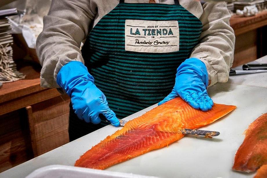 Salmón Ahumado Pescaderías Coruñesas - Productos del mes Enero 2021 (Fresquera) - GastroSpain