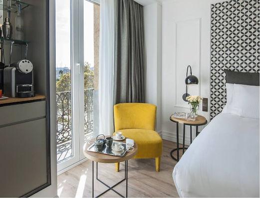 The Serras (50 mejores hoteles) - Gastro