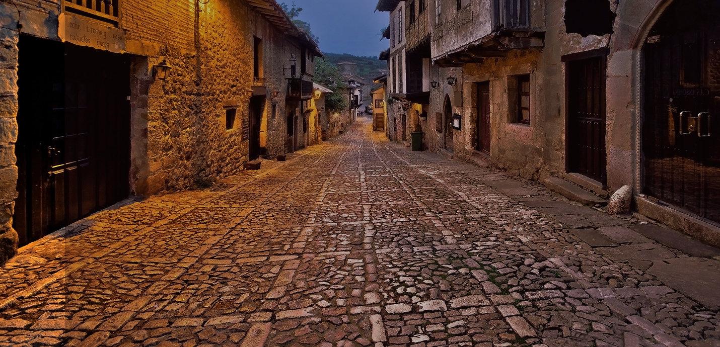 Santillana_del_Mar_(Pueblos_más_bonitos)