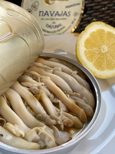 Conservas Cambados (Mejores navajas en conserva de España) - GastroMadrid