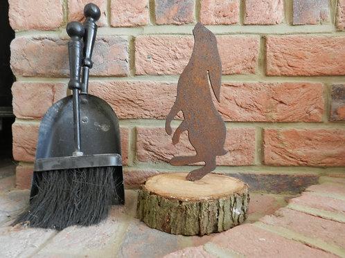 Rusty Metal Moon Gazing Hare upon log