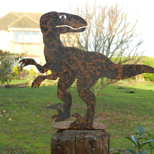 Fully Welded, These Sturdy Dinosaur Sculptures Look Great In Any Garden  Setting