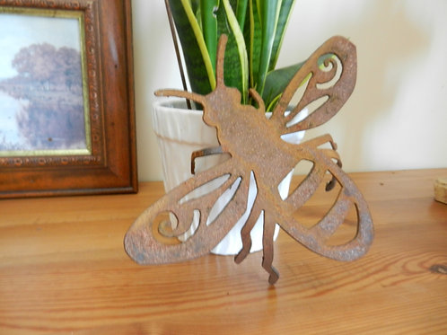Rustic Metal Bee Home Decor