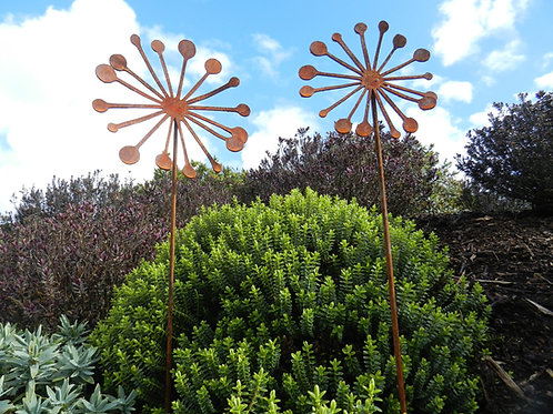 Rusty Metal Allium Seed Head Sculpture