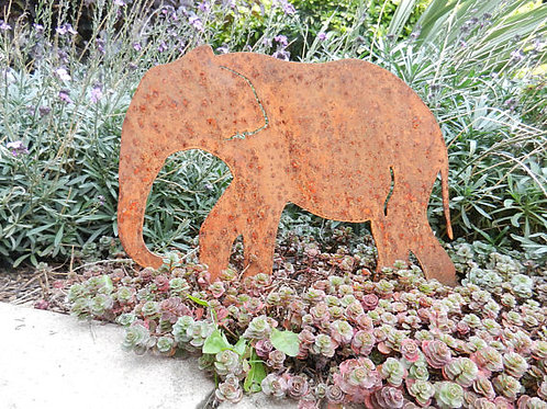 Rusty Metal Elephant