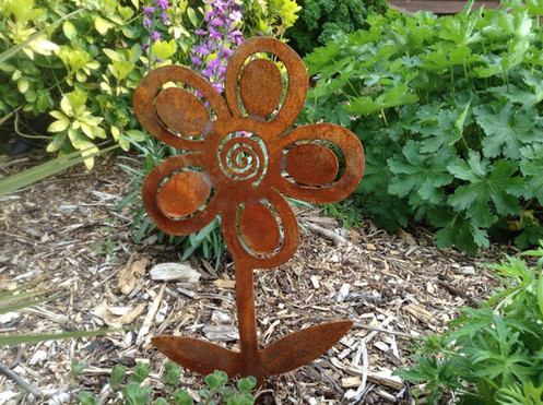 Rusty Metal Garden Flower