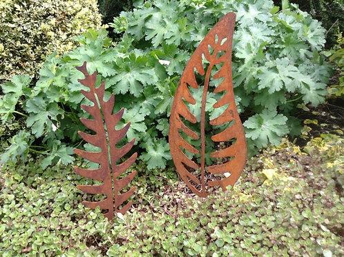 Rusty Metal Leaf Garden Decor SMALL