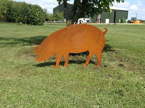 Rusty Metal Pig - Sow