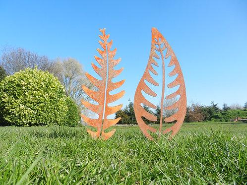 Rusty Metal Fern Leaf Garden Decor LARGE