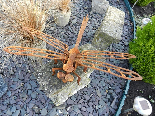 Rusty Metal large 3D Dragonfly Sculpture