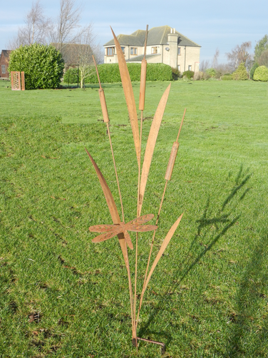Rusty Metal Bulrush Sculpture