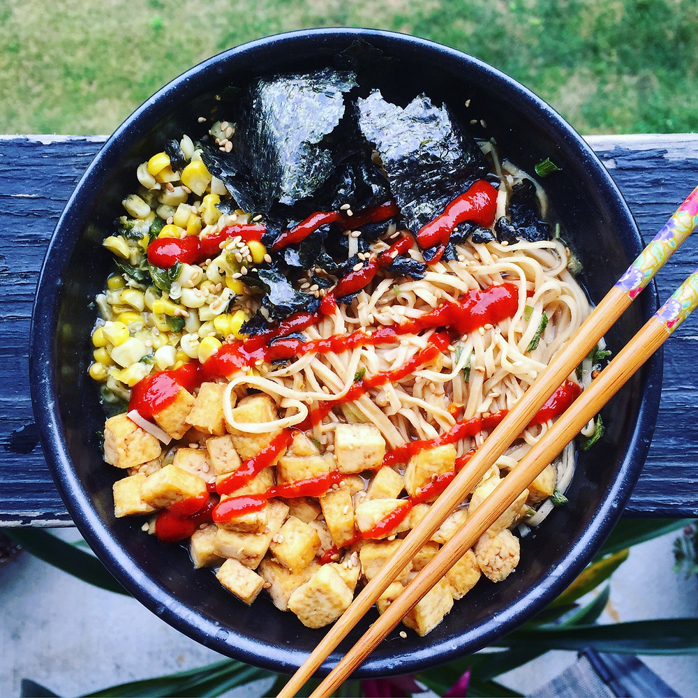 I recently ate this big bowl of noods for lunch on a hectic day! I topped it with some corn and tofu that I had in the fridge, nori, and of course, hot sauce!