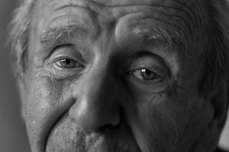 Holocaust Survivors Sobreviviente Holocausto