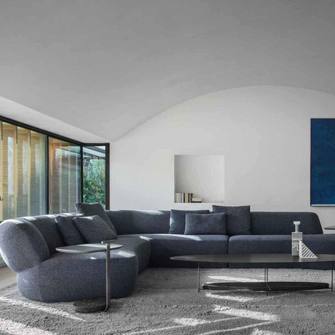 Winner in Furniture Design    Molteni&C: Surf Sofa by Yabu Pushelberg  Photo credit: AZURE