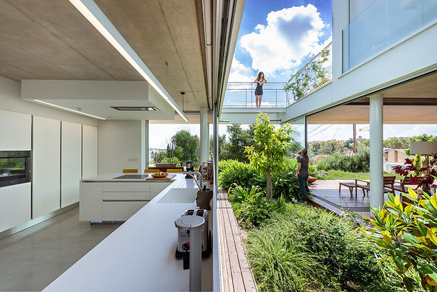 the-garden-house-in-the-city-christos-pavlou-architecture