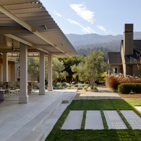 Wine Country Estate: The airy pavilion provides protection from the sun, while maintaining the contemporary style of the house by matching its minimal palette.  Photo credit: Matthew Millman Photography
