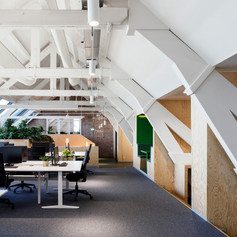 Landscape office under the wooden gable roof  Photo credit: Sonia Mangiapane