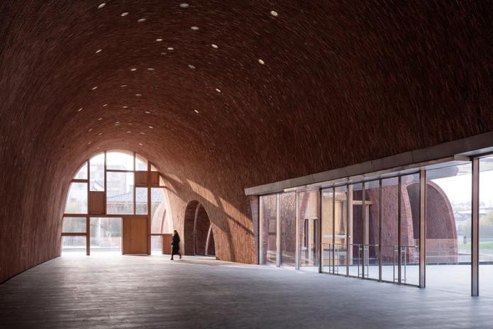 jingdezhen-imperial-kiln-museum-studio-zhu-pei