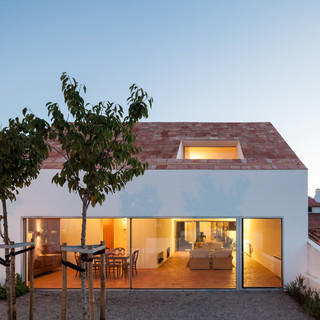 three-courtyard-house-extrastudio