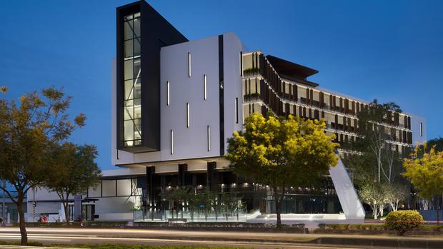 BIOSPHERE, A MODERN LUXURY GREEN WORK | Chain10 Architecture & Interior Design Institute