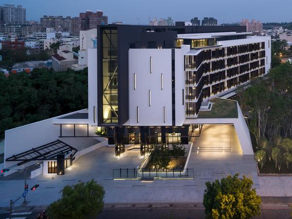 biosphere-a-modern-luxury-green-work-chain10-architecture-interior-design-institute
