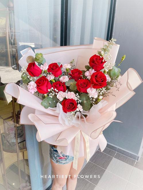 Precious Moment - Fresh Flower Arrangement