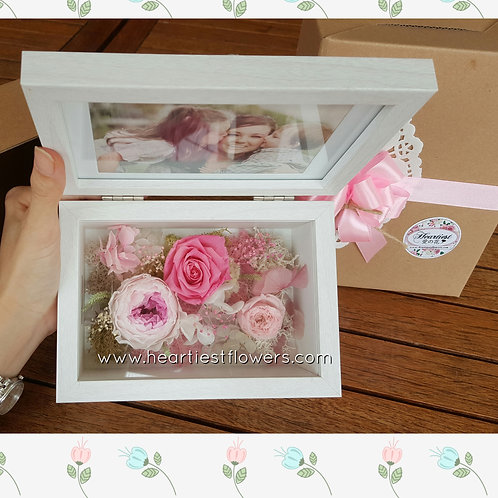 4R Wooden Frame - Pink Theme