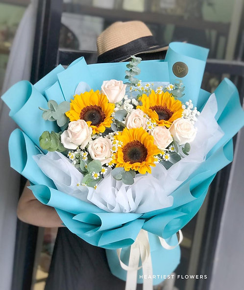 Summer Sunshine - Fresh Sunflower Bouquet
